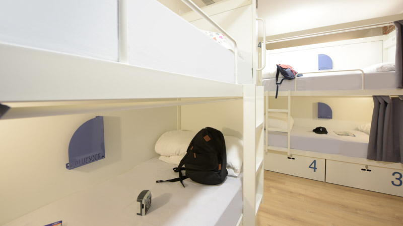 5-bed shared room