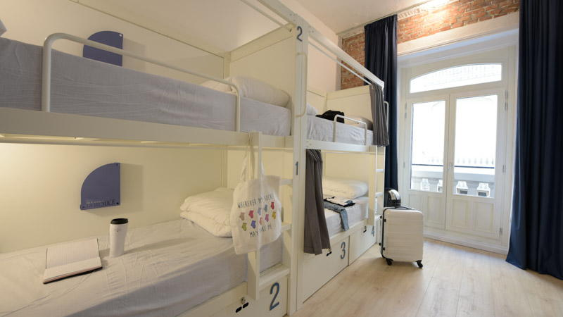 7-bed shared room