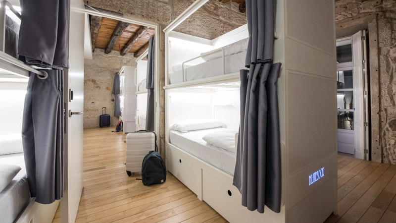 6-bed shared room